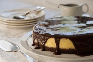 Cheesecake-with-Chocolate-and-Blueberries