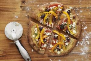 Mediterranean-Hummus-Pizza